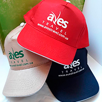 Друк логотипу на кепці для ТО Aves Travel