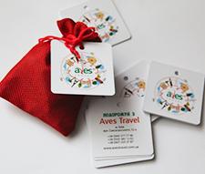 Дизайн и печать фирменных бирок для подарков