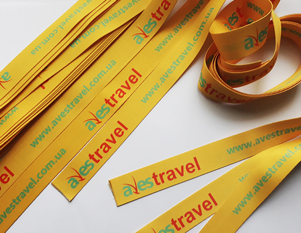 Двусторонняя печать на ленточках для туристического оператора