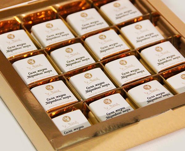Дизайн и печать этикеток для шоколадок компании Dr. Nona